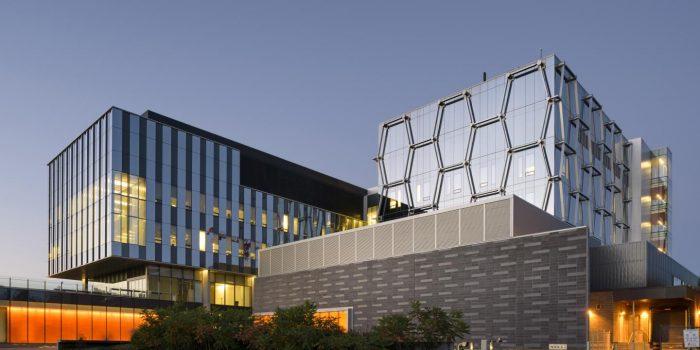 Top 10 Public Universities in Canada: University of Toronto: University of Waterloo